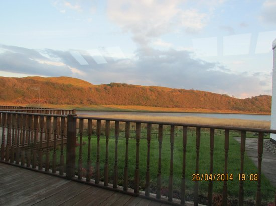The Galley of Lorne Inn: Fantastic views to go along with the fantastic atmosphere