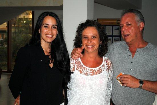 Iberostar Bahia de Palma: Samen op de foto met zeer gastvriendelijke Mayvany Bong (directie lid)
