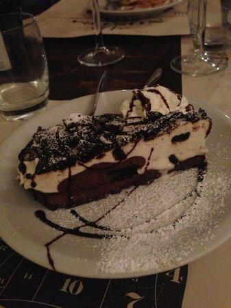 Kilo Restaurant: oreo cake