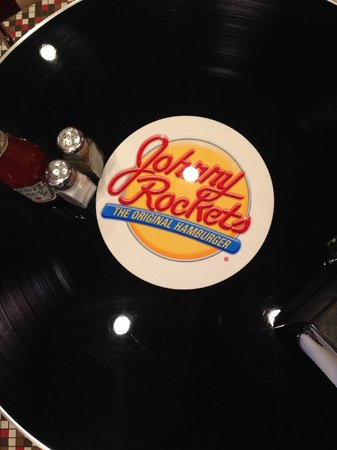 Johnny Rockets Dolphin Mall : Il tavolo-disco!