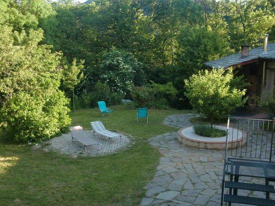 Casa Payer: Giardino anteriore