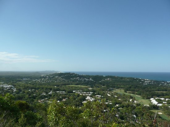 Mount Coolum: View to the north.