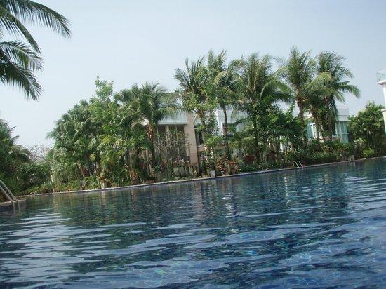 Blue Lagoon Resort Hua Hin: pool