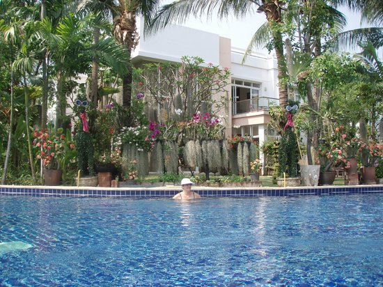 Blue Lagoon Resort Hua Hin : pool