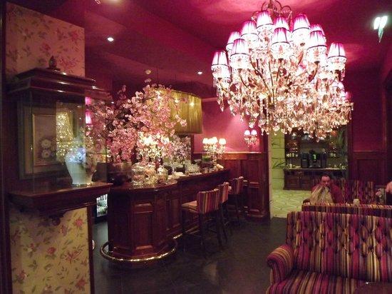 Hotel Estherea lobby