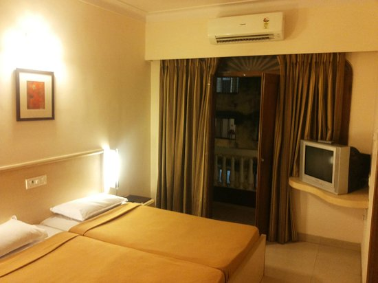 Hotel Palacio De Goa: Double room