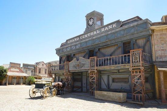 Fort Bravo Texas Hollywood: Bank