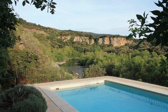Domaine de Miravel: vue de la piscine