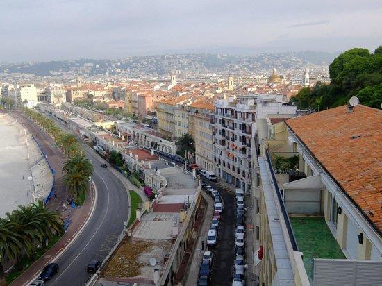 Promenade des Anglais : プロムナード デ ザングレ・・城址公園より観る景観