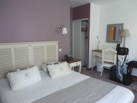 Hotel Arvor : Comfortable room
