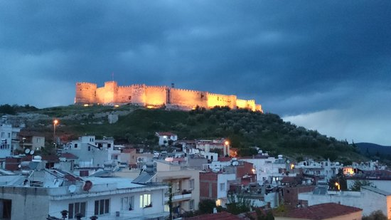 Hotel Nazar : View of the castle from the roof terrace