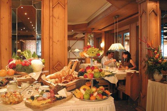 Sonnenbichl Hotel am Rotfischbach: Frühstücksbuffet