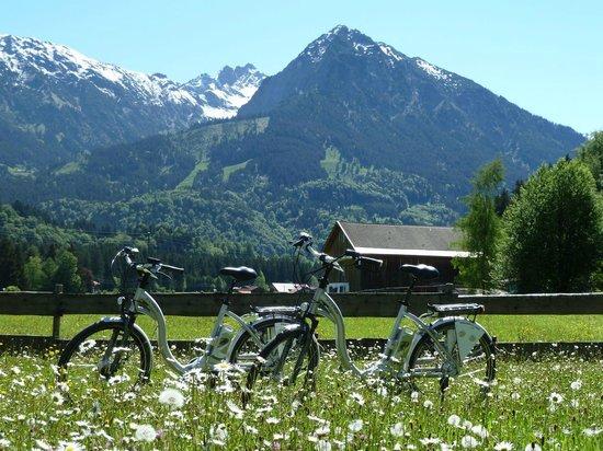 Sonnenbichl Hotel am Rotfischbach: Leihfahrräder im Hotel erhältlich