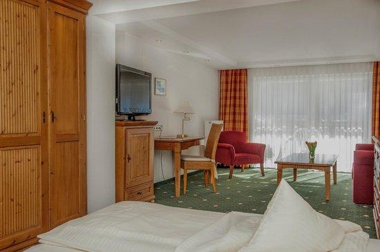Sonnenbichl Hotel am Rotfischbach: Panorama Zimmer mit Südbalkon
