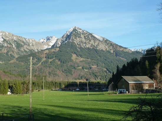 Sonnenbichl Hotel am Rotfischbach: Aussicht im Sommer