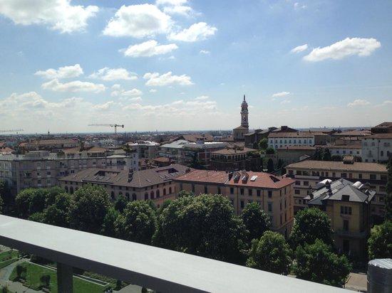 Hotel Excelsior San Marco: Blick vom Balkon Richtung Bergamo Neustadt