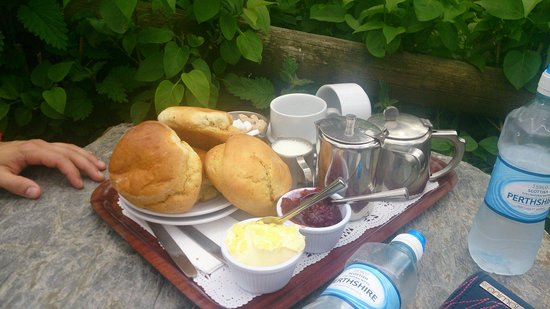 Tarr Farm Inn: Disappointing afternoon tea