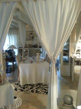 Jardin D'Ivoire : Salon