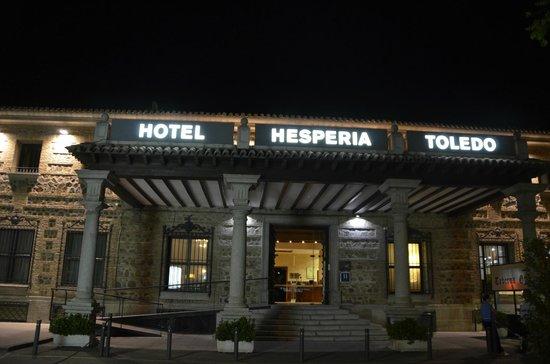 NH Toledo: Fachada del hotel