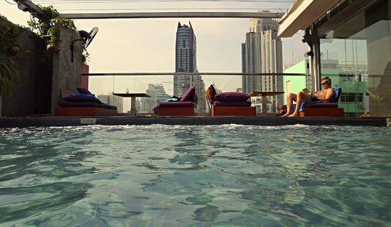 Galleria 10 Sukhumvit: pool
