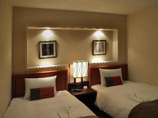 JR Kyushu Hotel Blossom Fukuoka: Bedroom