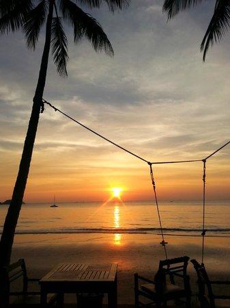 Santhiya Tree Koh Chang Resort: Sunset