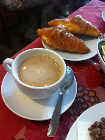 Hotel Picasso: Delicious breakfast coffee