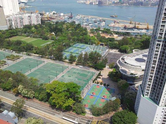 Metropark Hotel Causeway Bay Hong Kong: rooftop vew