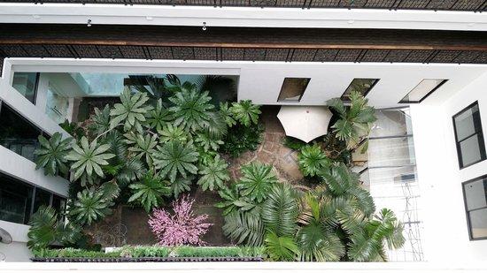 Buri Sriphu Boutique Hotel : Hotel garden decoration