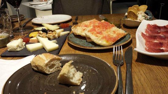 La Taberna del Gourmet: Assortiment de tapas