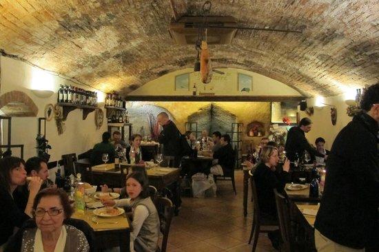 La Taverna di San Giuseppe: A taverna bem antiga.