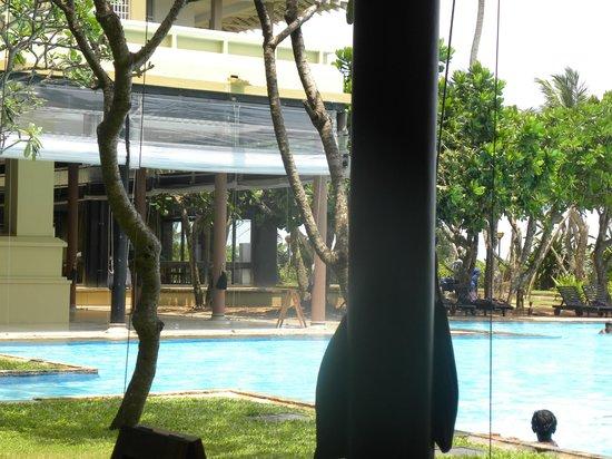Heritance Ahungalla: pool