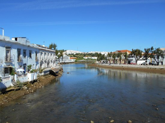 Cabanas Resort Park : The town centre of Tavira