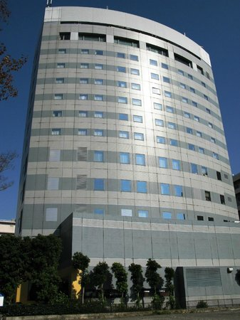 "Hotel Mariners' Court Tokyo: ""Маринерз Корт"", вид со сторооны Токийского залива"