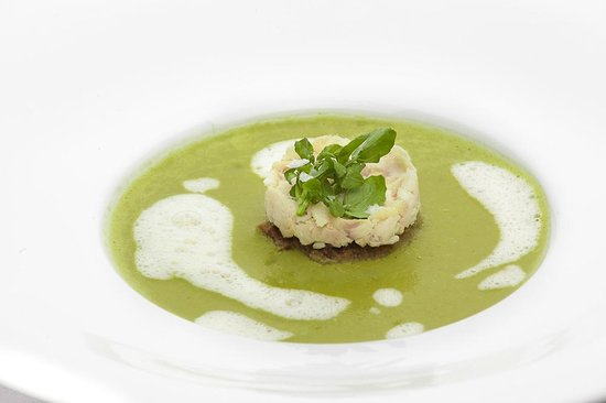 Santini Garden: The right place for tradition and modern Czech culinary trends in Malá Strana