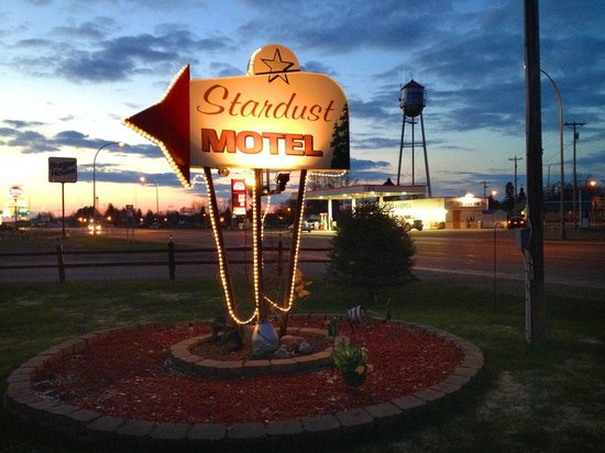 Floodwood, MN: perfect vintage motel