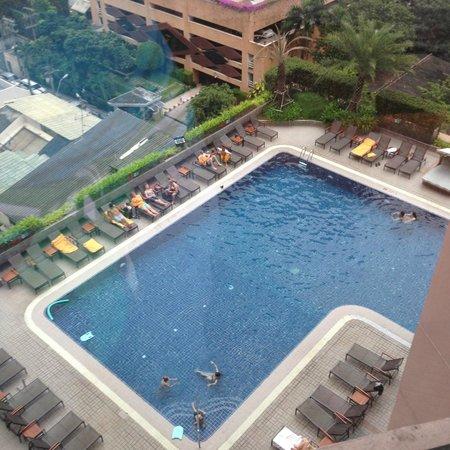Rembrandt Hotel Bangkok : Pool