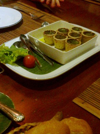 L'Elephant Restaurant: escargot a l'ail
