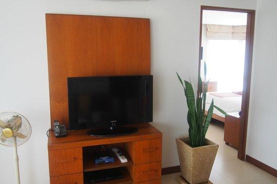 Dewa Phuket Resort Nai Yang Beach : Living room