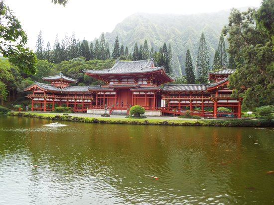 Oahu Spot Tours: Buddist Temple