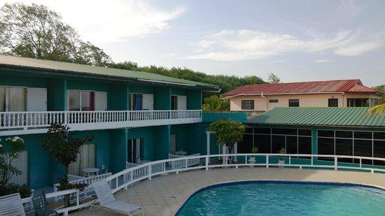 D' Coconut Cove Holiday Beach Resort : Отель