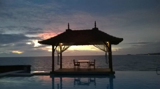 Saman Villas: Dinner on the pavilion