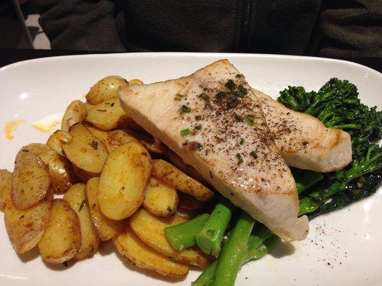 La Camera Restaurant Southgate: Swordfish