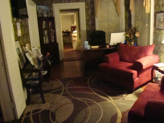 Artist House: Receptionen
