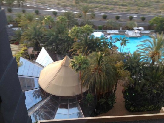 IFA Continental Hotel: Pool on the back of the hotel