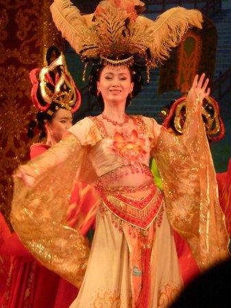 Tang GeWu He JiaoZi Yan: musique et danses da la dynastie Tang