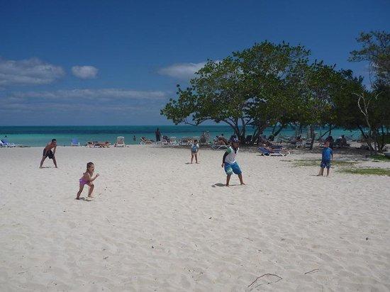 Hotel Playa Coco: Fun sports on the beach