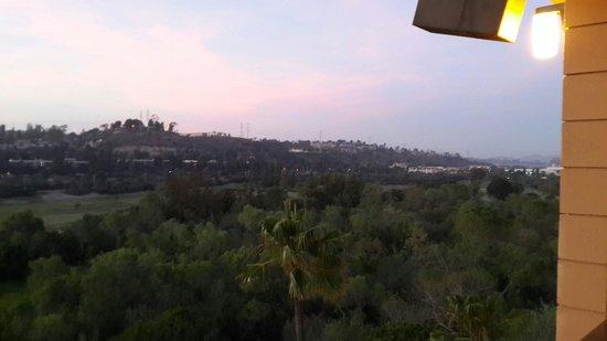 Crowne Plaza Hotel San Diego - Mission Valley: Excelente la atencion del personal de comedor