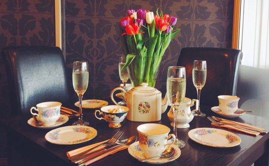 Jayelles: Champagne High Tea
