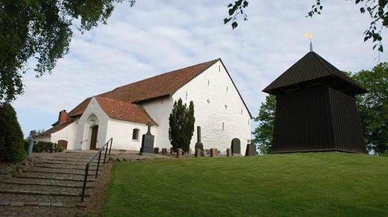Kvaers Church